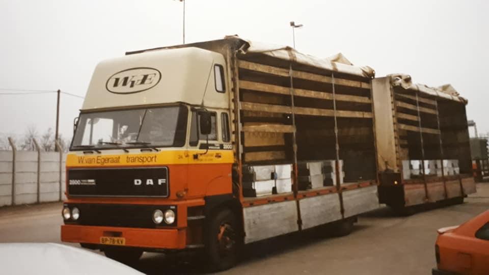 DAF-2800-24-broodtjes-laden
