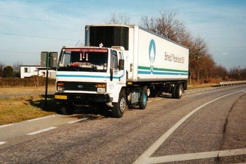 Ford-Cargo-Smeets-Smedi-Beek