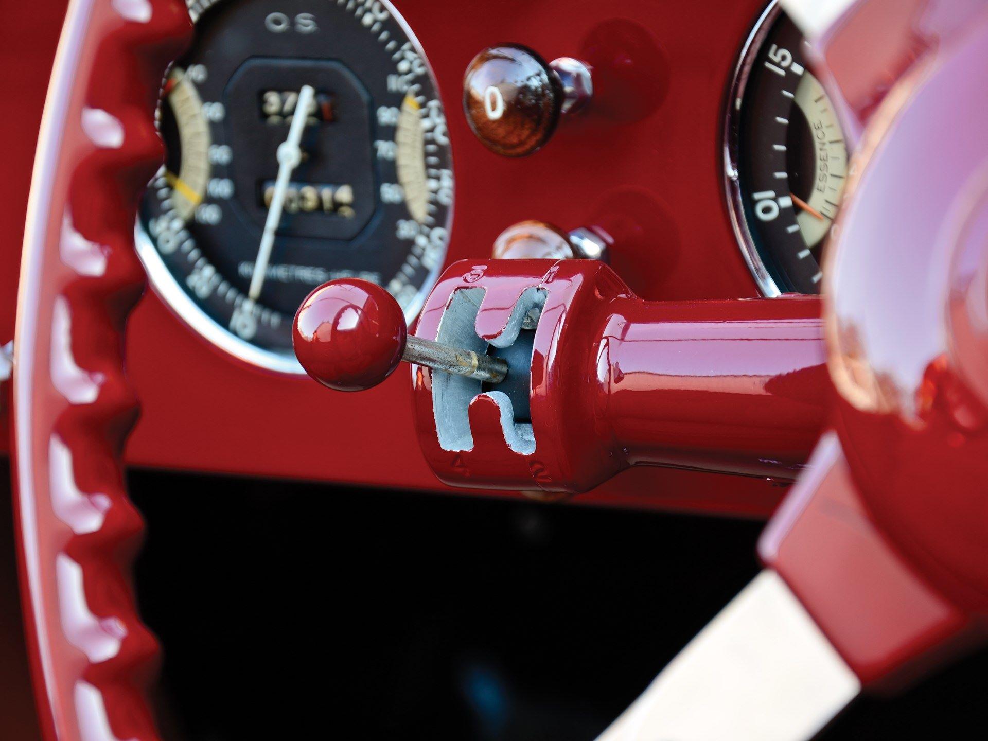 Delahaye-135-MS-Grand-Sport-Roadster-by-Figoni---Falaschi-1939--(4)