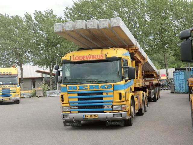 Scania--51