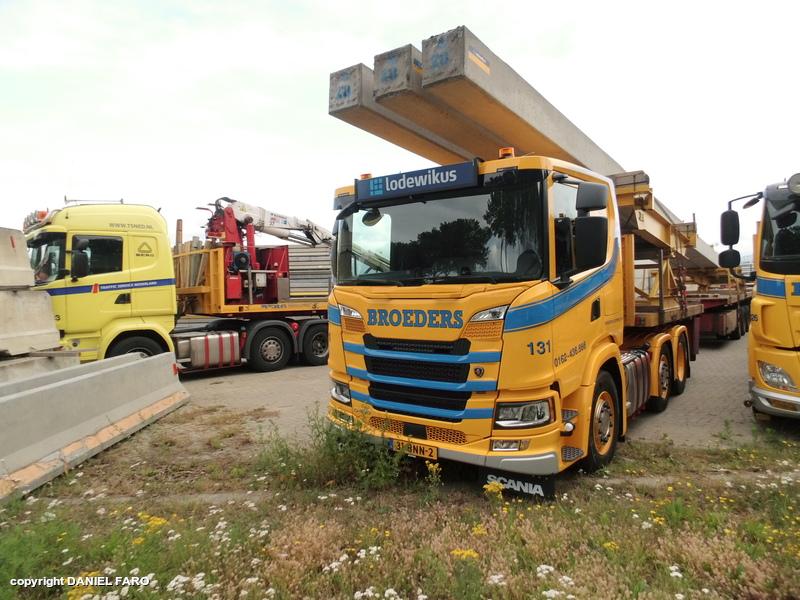 Scania-131
