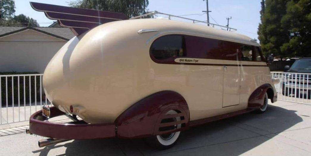Ford-1941-Western-Flyer-(2)