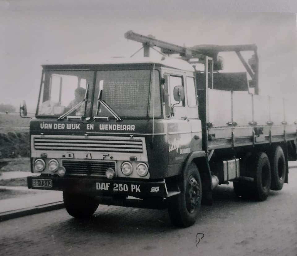 DAF-2600-vander-Wijk-en-Wendelaar