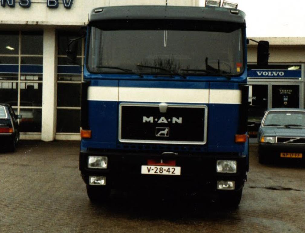M-A-N-H-S-Transport-Heerlen-Dealer-Biermans--(1)