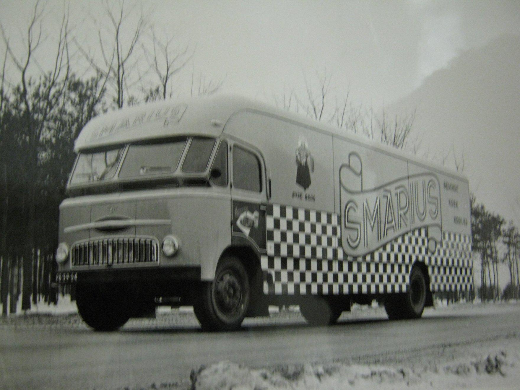 DAF-Verhuiswagens--Tapisseres--3