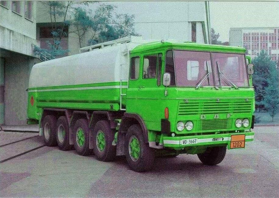 DAF-10X4