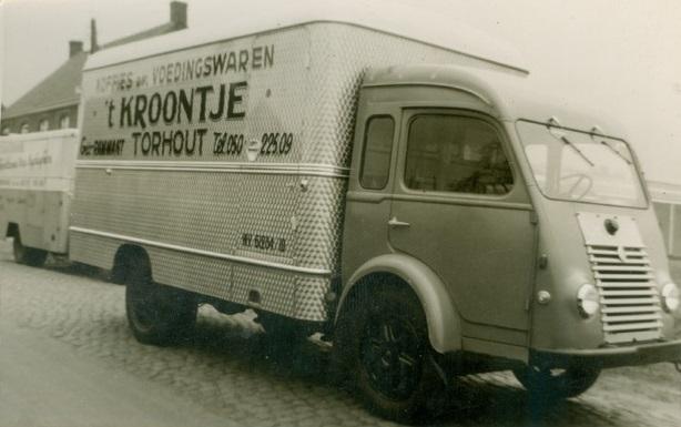 Voedingswagen-T-Kroontje-Torhout-Renault-Sabbe-carrosserie