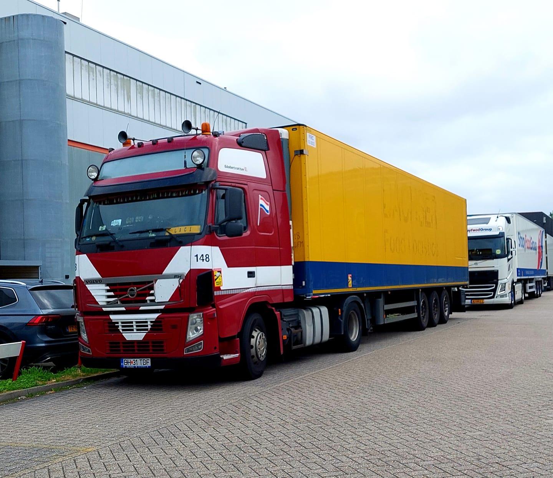 Volvo-nu-in-Romenie-ex-Chauffeur-Henk-Brusink