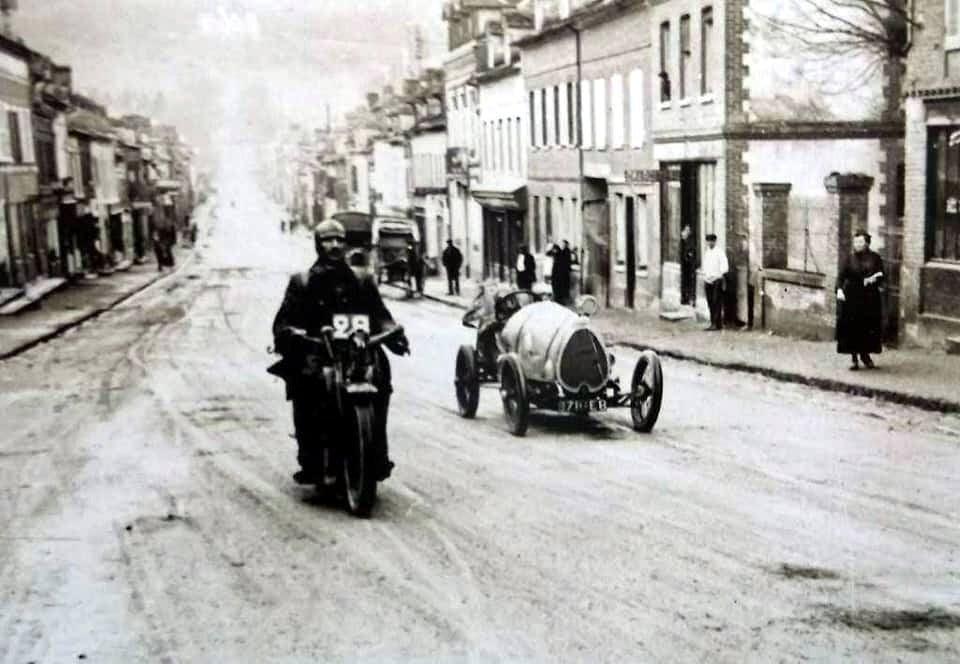 Bugatti-Brecia-straat-rennen