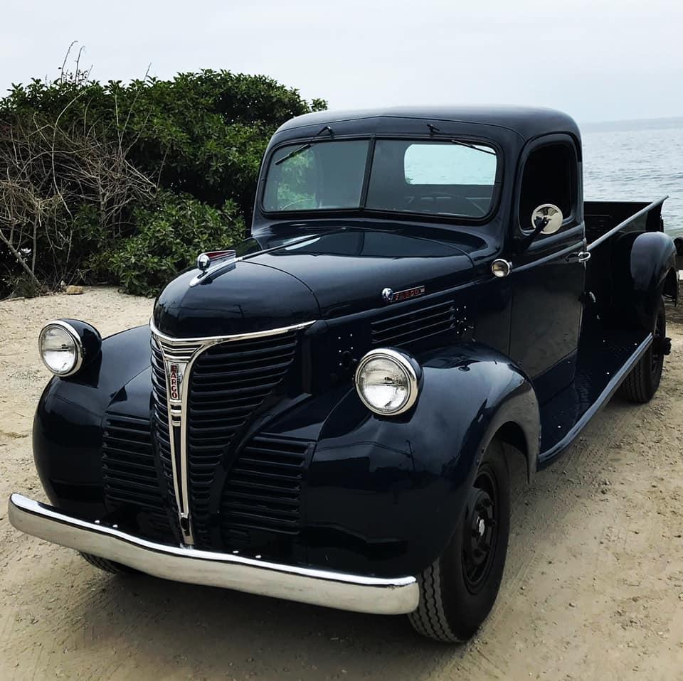 Dodge-1-2-ton-1947-(1)