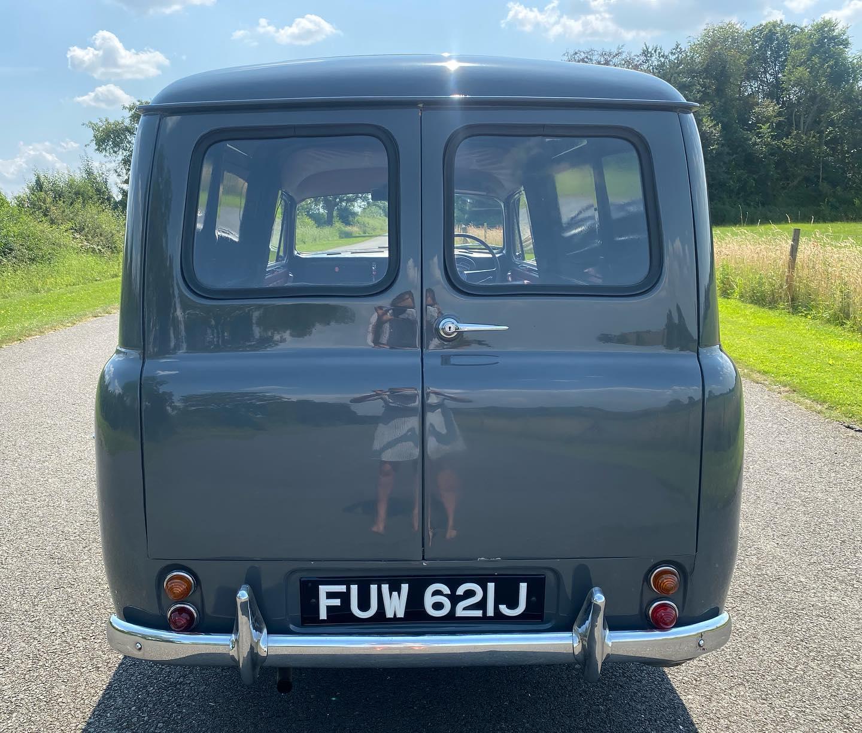 Austin-Cambridge-A60-Half-ton-van-1971-(2)