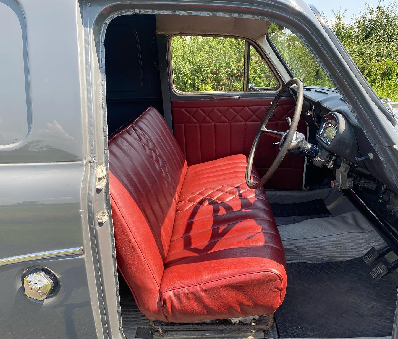 Austin-Cambridge-A60-Half-ton-van-1971-(4)