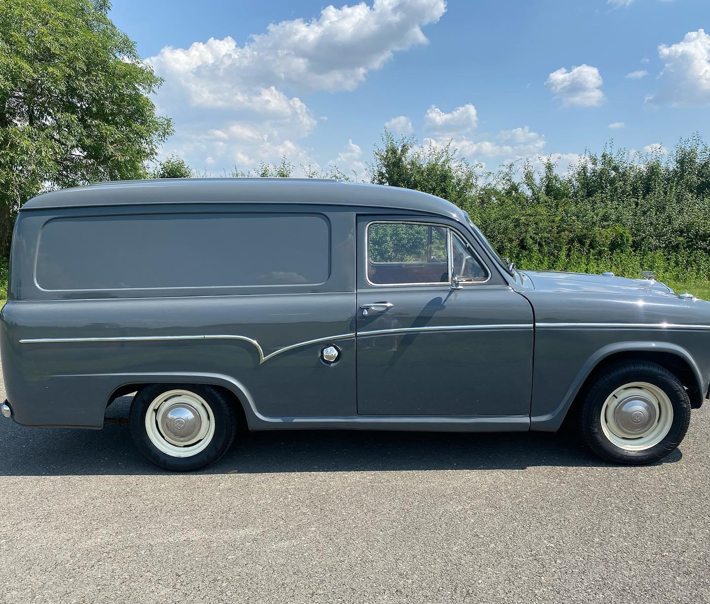 Austin-Cambridge-A60-Half-ton-van-1971-(7)