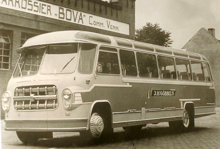 1957-8-Bedford-BOVA
