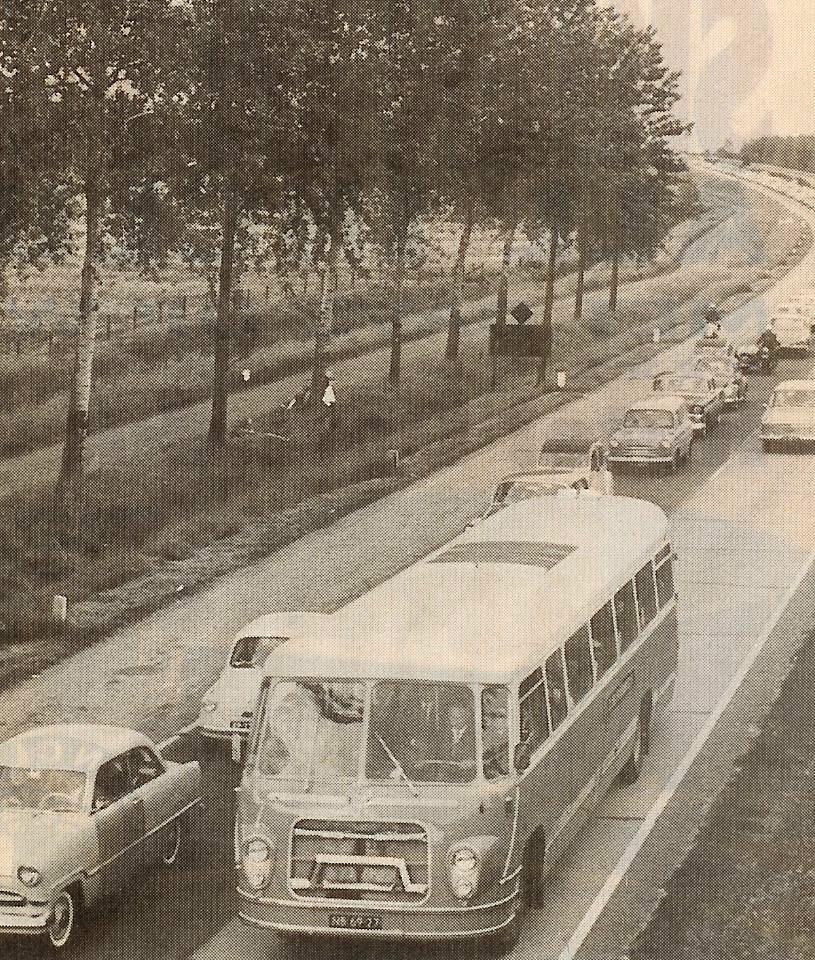 1958-6-Scania-met-tweede-carr--BOVA--2