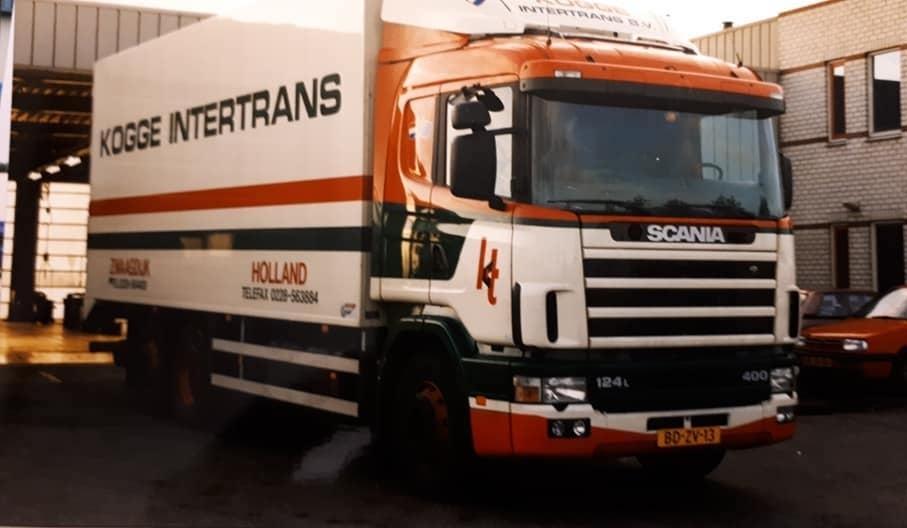 Scania-124-400---BD-ZV-13-locatie-Groothandelsmarkt-10-Zwaagdijk-Peter-de-Boer