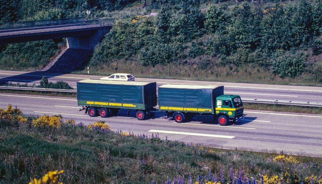 Mercedes-NG-1926--1980-BAB-A45-Meinerzhaden--Axel-Johanssen-foto