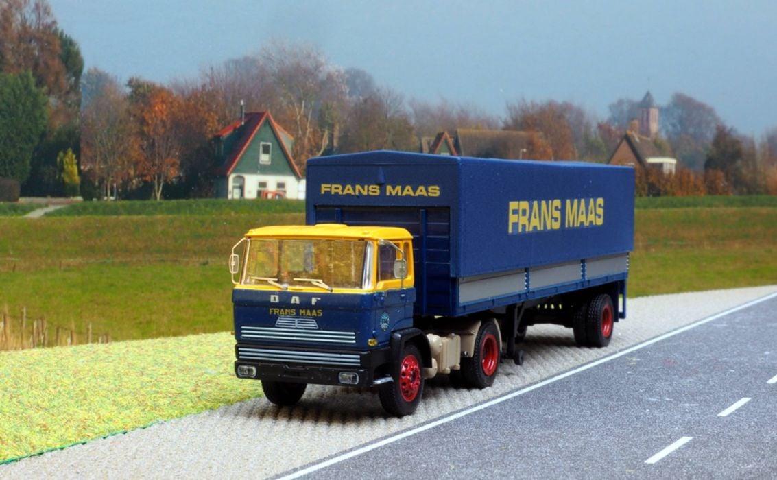 Model-FT-2500--Rolf-Boersma-(1)