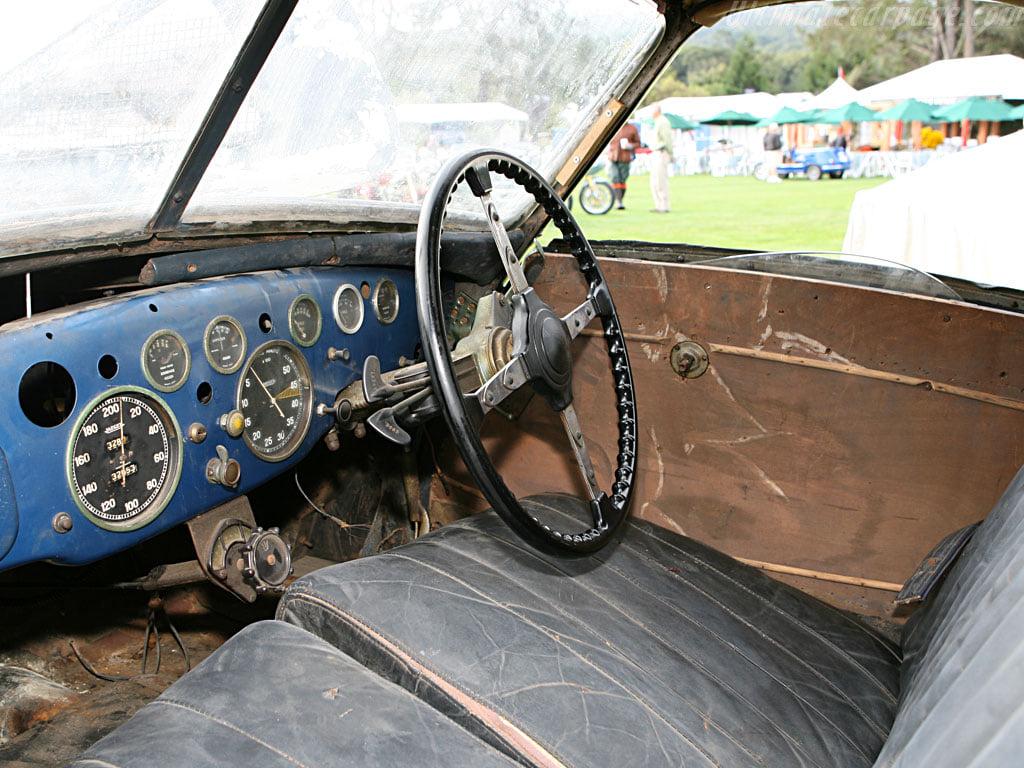 Talbot-Lago-T150C-SS-1939-uitgerust-met-een-teardrop-coupe-Georges-Paulin-en-Marcel-Pourtout--(6)