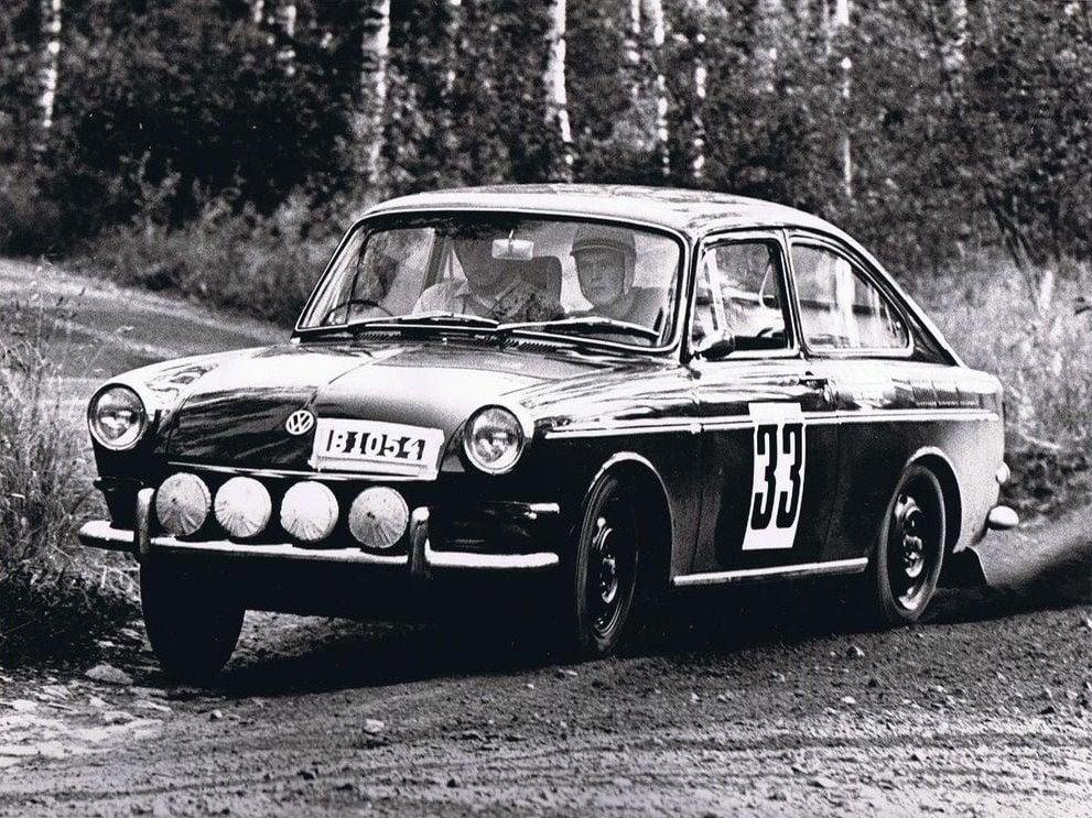 VW-Rally-Racing-car-(5)