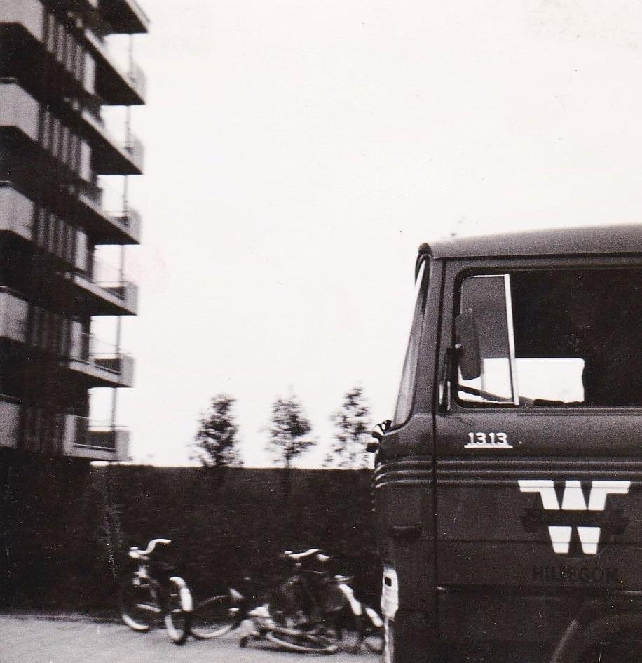Frans-Kerhoven-zijn-eerste-wagen-met-130-duitse-paarden-Ik-scheet-in-mijn-broek-van-de-angs