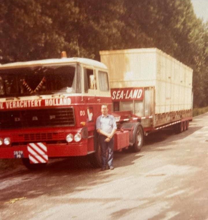 Gradus-Kars-28-79-PB-geladen-in-Weinheim-1979