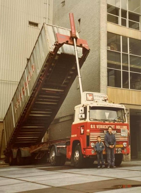 Gradus-Kars-met-zoon-Bram-1979-kiepen-in-Groenlo