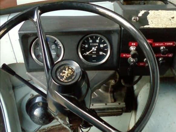Peugeot--J7-eerste-type-1965-66-(4)