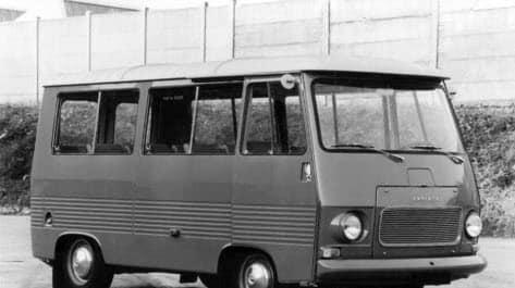 Peugeot--J7-eerste-type-1965-66-(6)
