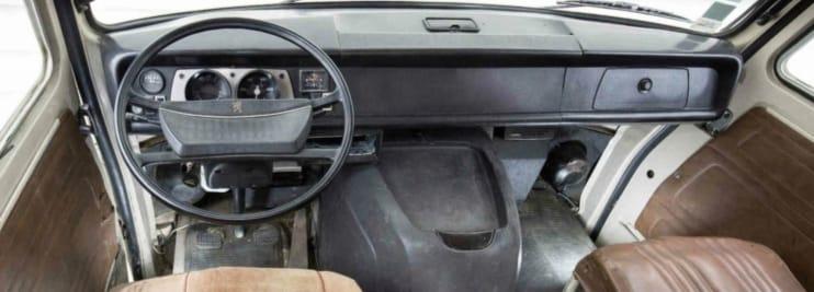 Peugeot--J7-eerste-type-1965-66-(8)