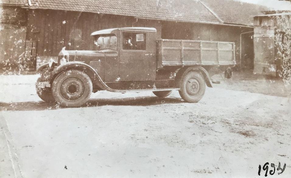 Mathis-vrachtwagen-van-mijn-overgrootvader-1934-Stephane-Jeulin