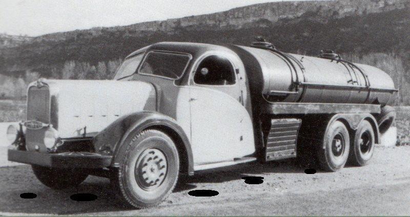 Bernard-110MA-Sabaton-Ardeche-met-speciale-cabinen-om-de-kelders-en-grotten--in-te-kunnen-rijden-(1)