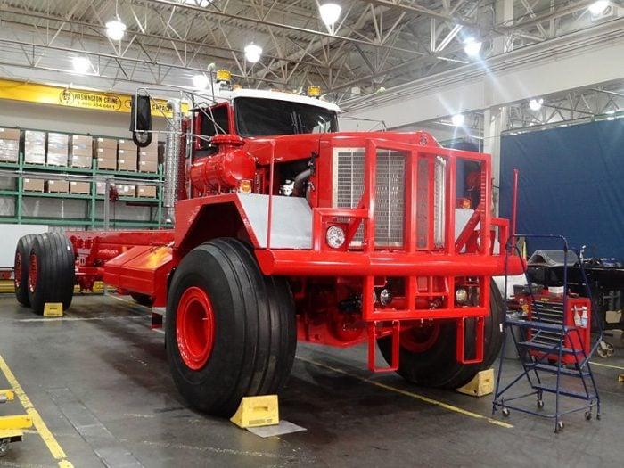 Kenworth-963-Heavy-Truck