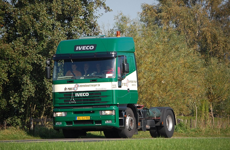 Iveco-225