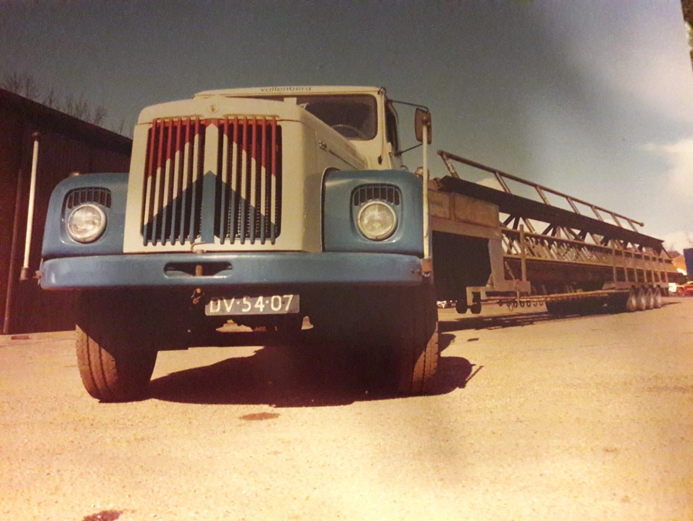 Koos-van-Tienen-Scania-Vabis-met-lengte