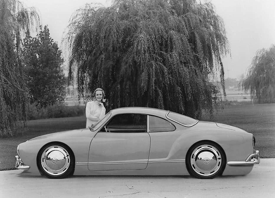 Karmann-Ghia-proto-met-midden-motor
