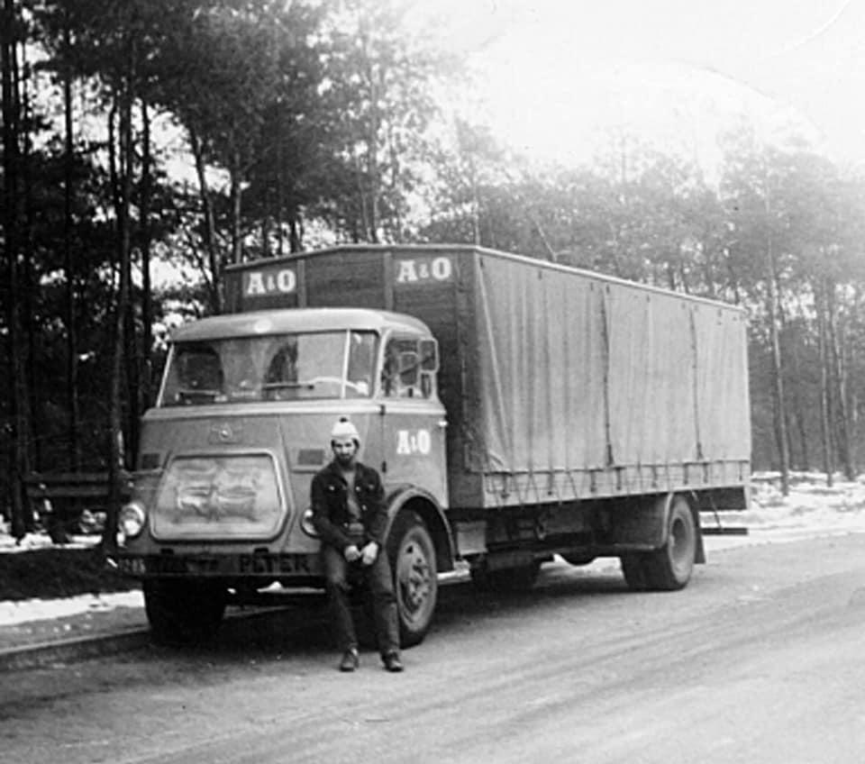 Peter-van-Poppel---Mijn-eerste-truck-een-DAFje-A-en-O-Tilburg-(1)