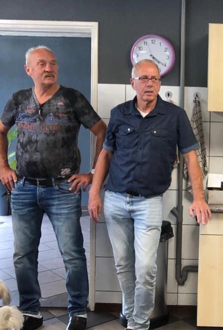 Bert-Mulder-rechts--en-Arie-sluiten-nu-echt-af-met-pensioen-ooit-op-witte-sokken-en-zo-sluiten-we-af--28-8-2021--(1)