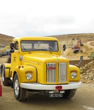 Scania-Truck-in-The-koel-waar-we-samen-naar-toe-zijn-gegaan-Hub-Rekko-met-de-Daf-kikker