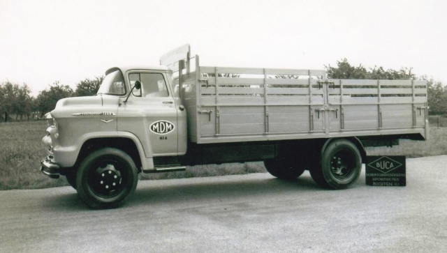 Chevrolet-V8---benzine-carr--Buca