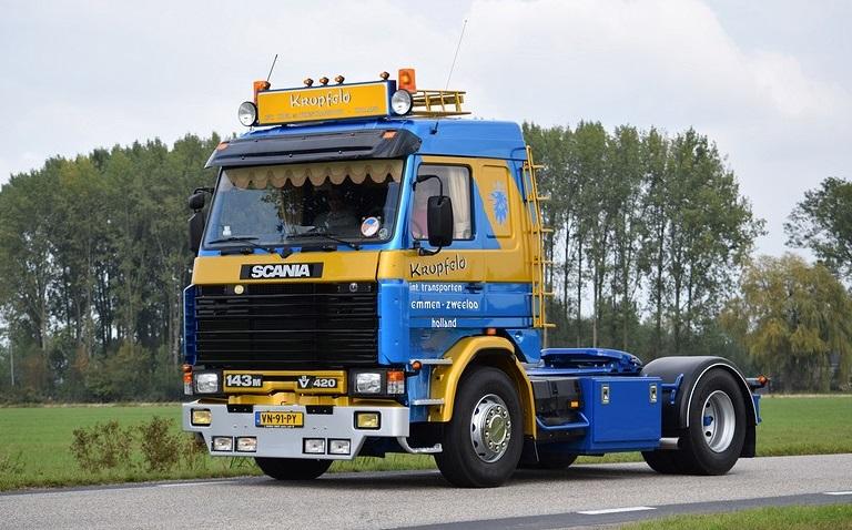 Scania-V8-VN-91-PY