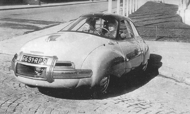 Panhard-Dynavia-1948-(2)