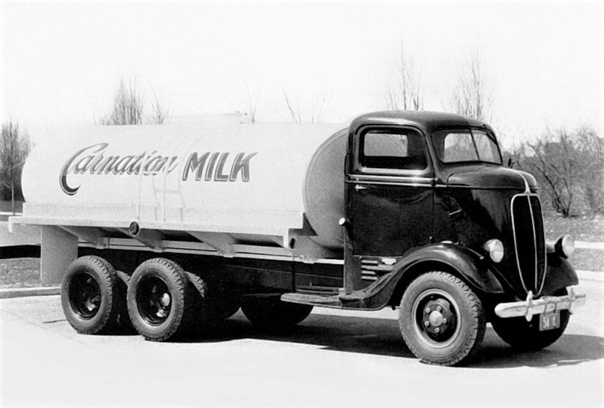 Ford-6X4-melktransport