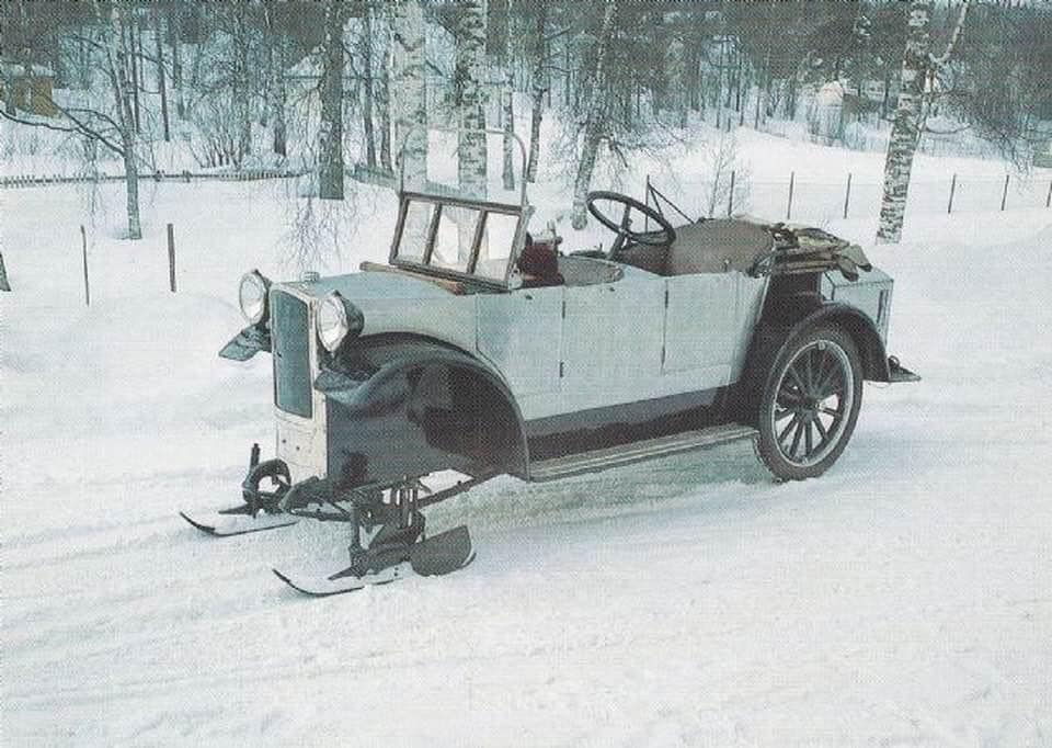 Bjering-motor-sledge-1920--Raufoss-Ammunition-Factory-in-Norway-(2)