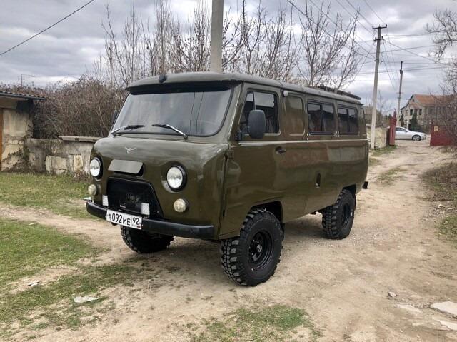 UAZ-4X4
