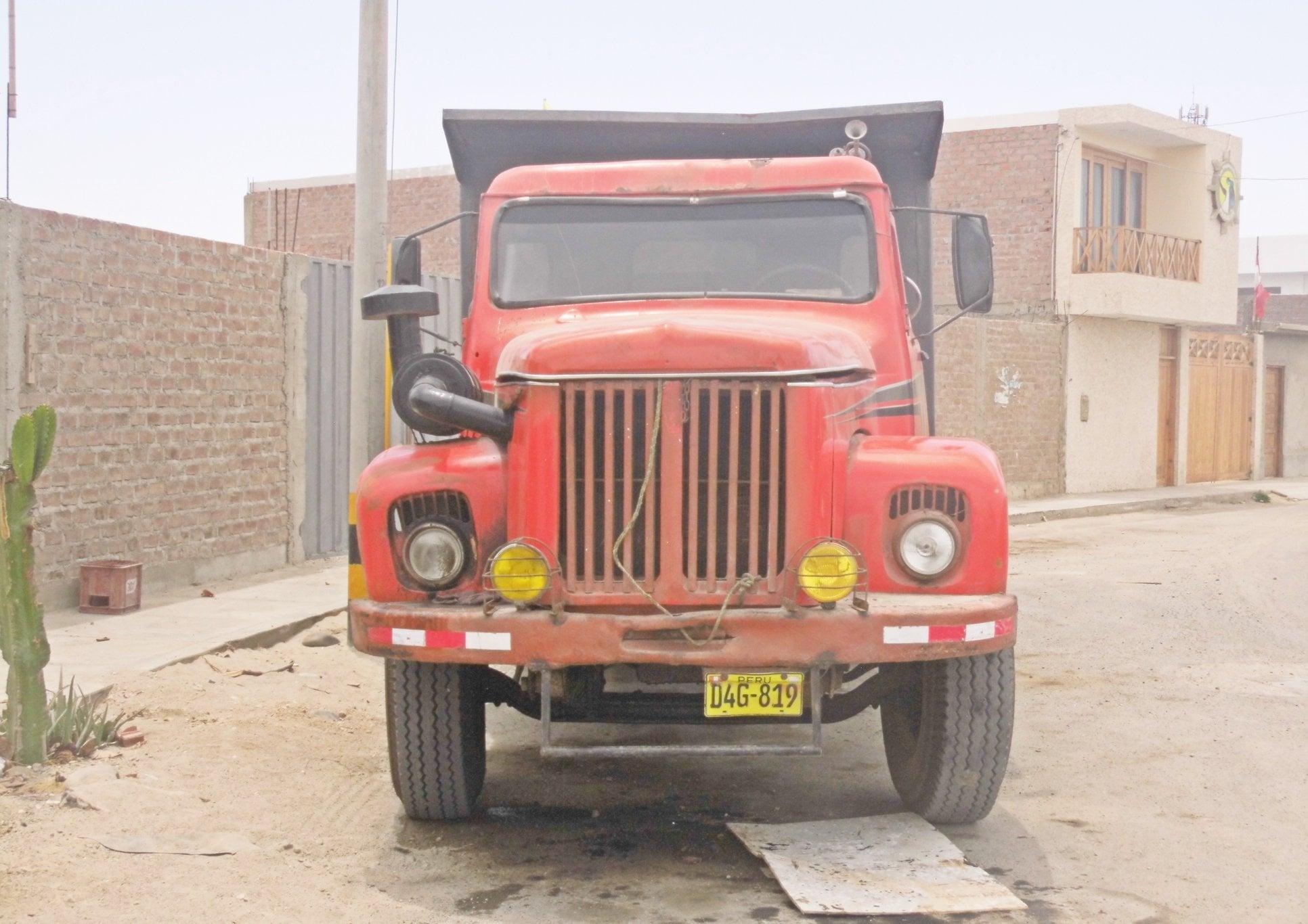 Scania-Vabis-Paracas-Peru-(1)