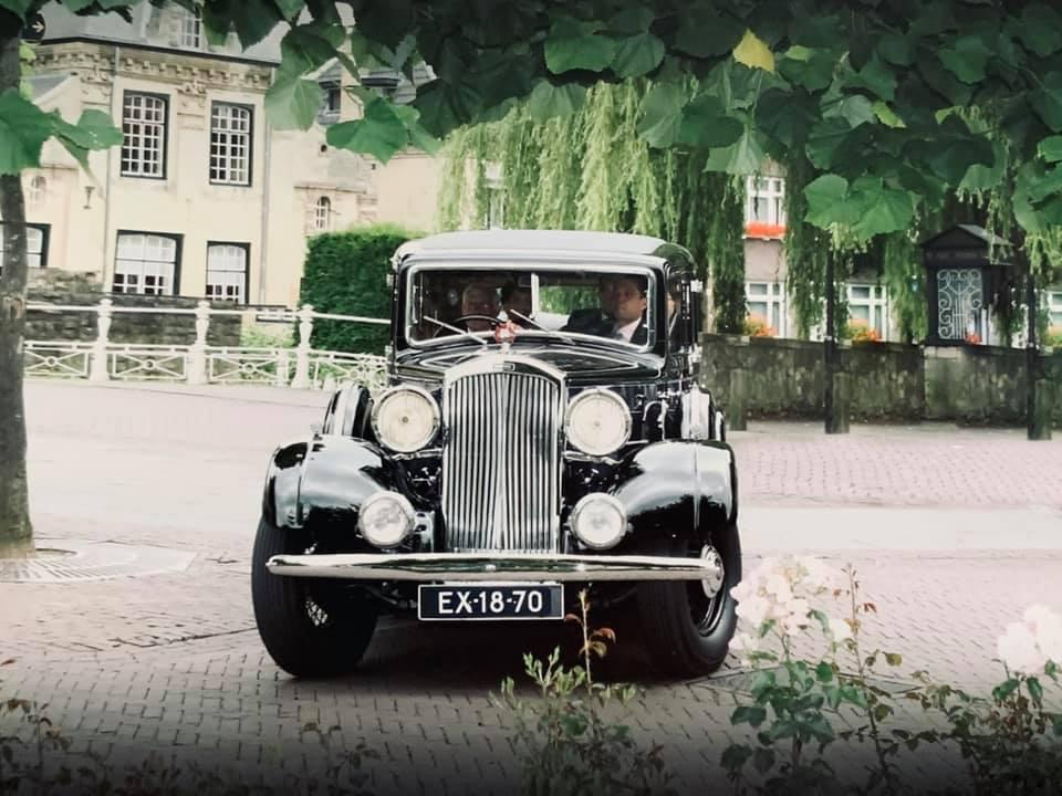 Humber-Pullman-Super-bj-1934-altijd-in-de-familie-(2)