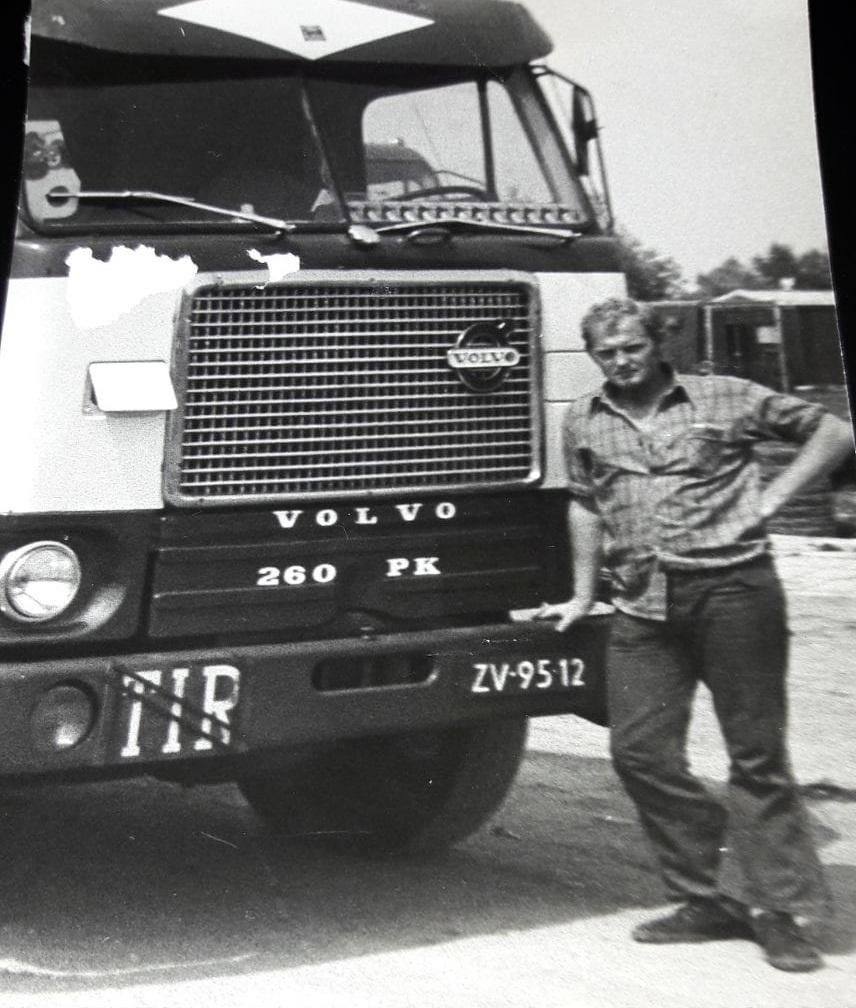 Gerard-Van-Putten-mooie-tijd-rijden-voor-Vrumona--Volvo-F-88