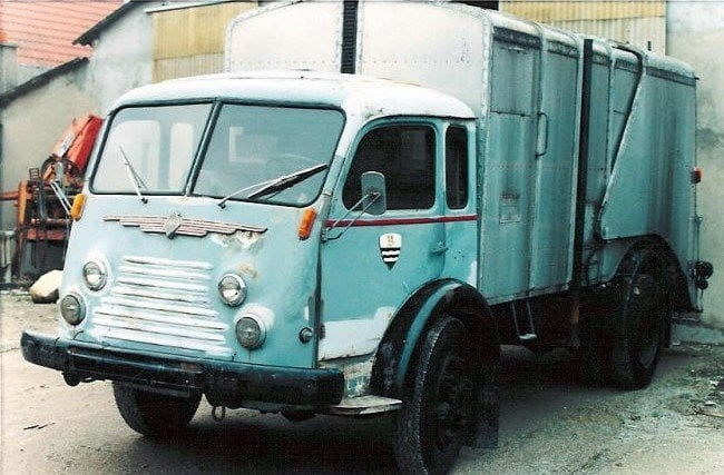 Renault--Tangerville