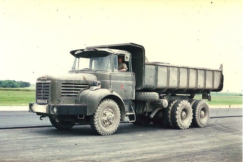 Berliet-GLM-12-6X4-S--1973-(1)